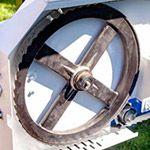 Adjustable-blade-wheels
