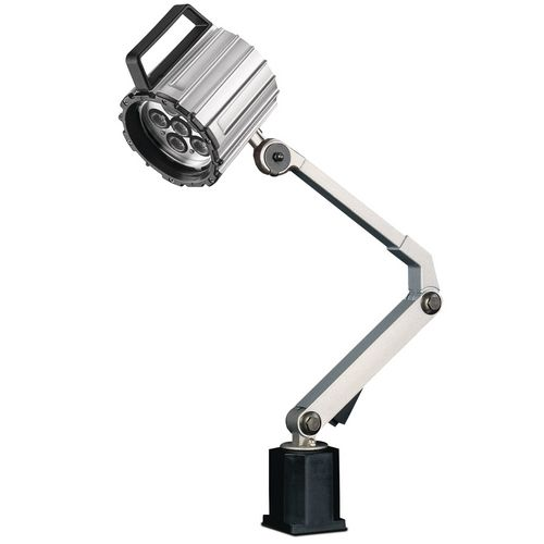 stanochnyj-svetilnik-mwg-6-600